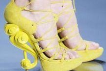 CSAK ötlet ...! / Tervezők hihetetlen ötletei , lehet csodálni nézegetni ezeket a különleges cipőket . Használatukhoz útmutató szükséges !