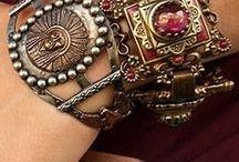 Bijoux / Jewels / Bijoux