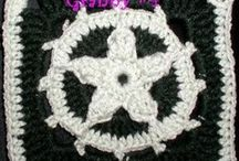 Crochet - Granny Square / by Rayne Beaux