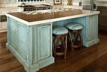 Kitchen Island Paint Finishes / color combinations for kitchen cabinets and islands.  Decorative Paint finishes on the cabinets