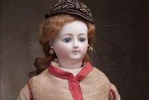Fashion dolls. Lavalle-Peronne