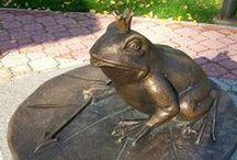 Лягушка: скульптуры, памятники, фонтаны
