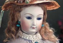 Fashion dolls. Dehors