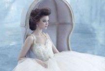 fairy tale wedding | свадьба в стиле сказки / fairy tale wedding, fairy tale wedding dress, fairy tale wedding idea, fairy tale wedding decor | alice in wonderland wedding | свадьба в стиле сказки, свадебное платье в стиле сказки, свадебный декор в стиле сказки, идеи для свадьбы в стиле сказки | адиса в стране чудес, свадьба в стиле алиса в стране чудес