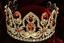 World - Crowns, Jewels, Royals / Crowns of all descriptions
