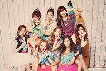 Girl's Generation/SNSD