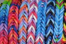 Loom Bands / Loom Bands, la folie des élastiques de couleur pour créer des bracelets à l'infini