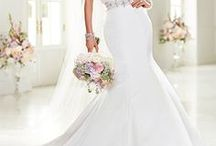 Off-the-Rack Bridal Gowns / Gorgeous discounted wedding dresses sold as is! Come see us to take a look.