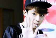 P-Goon (Topp Dogg) / Park Se Hyuk; born: 18 Oktober 1991; South Korean singer; member and leader of Topp Dogg