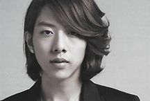 Lee Jung Shin (CNBLUE) / Lee Jung Shin; born: 15 September 1991; South Korean bassist, rapper and actor; member (bass) of CNBLUE