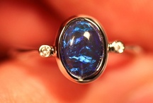 Opal Jewelry / Jewelry containing opals (The Queen of Gems)