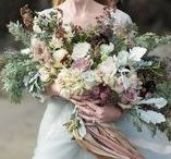 Aisle Style / Beautiful wedding bouquet Ideas and inspiration for the bride and her bridesmaids.