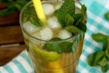 Beverage Recipes / Refreshing sodas, shakes, cocktails, iced teas, lemonades, moctails, coffee drinks, hot chocolate and other delicious beverages!
