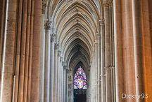 Cathédrales - cathedrals / sur cette pierre...