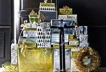 IKEA Weihnachten - JUL 2013 / Die Nächte sind lang, in den Fenstern schimmert warmes Kerzenlicht und die Kinder können es kaum noch erwarten: Die besinnlichste Zeit im Jahr hat begonnen. Kekse backen, Pralinen machen, Geschenke basteln, Packerl packen, alles was zur gemütlichen, festlichen Weihnachtszeit gehört. GOD JUL. Bildrechte ©Inter IKEA Systems B.V. 2002-2015 / by IKEA Österreich