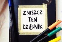 """Zniszcz ten dziennik/Wreck this journal / Destrukcja """"Zniszcz ten dziennik"""""""