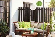 IKEA Outdoor 2016 - neu verliebt / Die Sonne kommt jetzt häufiger zu Besuch. Höchste Zeit also, dein Zuhause offener zu gestalten und ganz viel frische Frühlingsluft hereinzulassen. Verliebe dich neu - in deine Terrasse oder deinen Balkon! Bei uns findest du die Grundausstattung an Gartenmöbeln, um es dir auch draußen besonders gemütlich zu machen. ©Inter IKEA Systems B.V. 2016