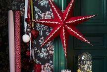 IKEA Weihnachten - JUL 2016 / All die kleinen Momente und Vorbereitungen, die die Vorweihnachtszeit so besonders machen, steigern deine Freude auf die Feiertage und senken natürlich auch den Stress direkt um die Feiertage. Mit unserer diesjährigen Weihnachtskollektion aus Beleuchtung, Backutensilien und allem, was mit Verpackung zu tun hat, startest du direkt zu den Feiertagen durch. Und außerdem: Für Dinge, die man wirklich liebt, ist es doch nie zu früh, oder? Bildrechte ©Inter IKEA Systems B.V. 2002-2016