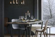 IKEA Limitiert - VÄSSAD Kollektion / IKEA Produkte der Vergangenheit treffen auf Klassiker der 1980er-Jahre, schwarzes Metall auf warmes Holz. Das ist die limitierte VÄSSAD Kollektion. Eine Kollektion mit rauem Charme, der überall zu Hause ist. Solange der Vorrat reicht, erhältlich ab 7.Oktober 2017. ©Inter IKEA Systems B.V. 2017