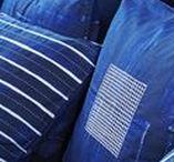 IKEA Limitiert - INNEHÅLLSRIK Kollektion / INNEHÅLLSRIK ist die 7. limitierte Kollektion, die gemeinsam mit indischen Kunsthandwerkerinnen entstanden ist. Sie besteht aus handgefertigten Textilien, Körben und Aufbewahrungen für deine liebsten Dinge. INNEHÅLLSRIK ist Teil der IKEA Initiative, die durch die Kooperation mit Sozialunternehmen Arbeitsplätze für talentierte Frauen in Regionen der Welt schafft, in denen diese dringend benötigt werden. ©Inter IKEA Systems B.V. 2018
