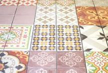 What's on the floor? / De vloer in de hal bijvoorbeeld....