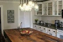 Kitchens / by Candice Brewer