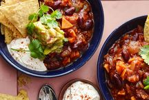 Mexican Food Recipes, bring on the tacos, fajitas and burritos with a side of nachos! / Mexican, Tex-Mex and Mexican inspired recipes to make at home
