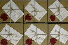 Packaging / All apidae candles are packaged as a gift and closed with a wax seal, a tradition from the 16th century when correspondence was carried out by hand.