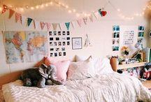 home // dorm / Home decor ideas, dream bedroom, college dorms, interior design, craft room