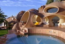 Weird & Wonderful Homes / by Fliss Lenaghan