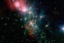 Tan Llejos y Tan Cerca...Nuestro Maravilloso Universo / by Patricia Hogan