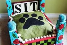 DIY Pet Beds / Love these pet beds but don't have a pet to DIY for? Adopt a dog, cat, or any other type of pet at www.adoptapet.com.
