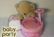 Plienkové torty - darčeky pre dievčatá / Každé dieťa potrebuje plienky, no darovať ich je nuda. Potešte rodičov a zabavte bábo originálnym Baby Party darčekom  (plienková torta, plienková kytica alebo plienková postavička)