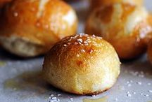recipes: breads and rolls / by Merry Erin Edwards