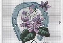 Cross stitch - horseshoes for good luck