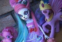 Dolls & Toys / by Natalie Muscat
