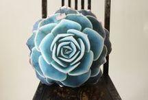 craft flowers  /  çiçek veözellikle gülleri seviyorum