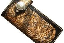 Luxury Men's Wallets / Well, you need somewhere to keep all that money ... right?