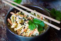 Salads / Fresh Salad Ideas from our 600 Inspiring Blogs! // Ideoita salaatteihin 600 inspiroivan blogin kätköistä!