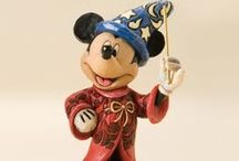 Delightfully Disney / Disney was a big part of so many childhoods, and continues to be! Here, you'll find a fantastic assortment of figurines, toys, housewares, and gift ideas, as well as awesome Disney-related crafts, artwork and such!