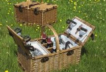 Picnic Baskets  / Always dine in style with these beautiful Fitted Wicker Picnic Baskets.