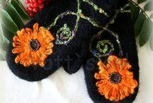 Votter til folket / For det meste votter jeg har laget selv, og noen andre flotte votter som finnes der ute :-) ..Mostly my own knitted mittens :-D along with some other favourites :-)