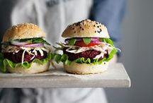 Burgers/Sandwiches/Wraps / Burgers/Sandwiches/Wraps
