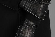 Scarves // Gloves // Hats // Belts // Collars