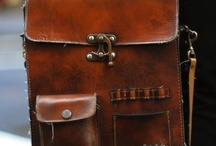 BAGS / by Lily Houben