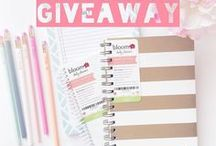 bloom® Planner Reviews/Giveaways / We love hearing from our #bloomgirls on what they have to say about our products and we know you will too! Here are all the fabulous bloggers, youtubers and social media influencers who reviewed our products! #PlanToBloom