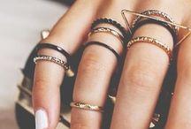 jewelry / by Leah Krantzler