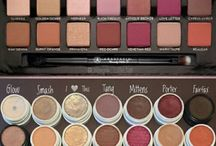 Makeup Dupes / Everyone loves to discover an amazing makeup or beauty dupe of a budget friendly beauty item which performs the same as an highend product. This is our board of our favourite makeup dupes with swatches and comparisons.