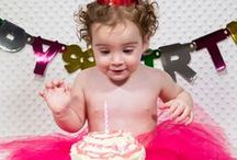 Cake Smash / Great way to document your baby's 1st birthday by having a Cake Smash photo sitting