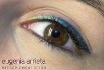 Micropigmentación de ojos / La #Micropigmentación de #ojos, también conocido como deliniado permanente de ojos o tatuaje permanente de ojos, consiste en pigmentar el eyeliner superior, el eyeliner inferior o ambos. Así se consigue un maquillaje permanente de ojos.  El objetivo de la Micropigmentación en ojos es rejuvenecer la expresión facial, dar luminosidad a la mirada, corregir ojos caídos o dar un efecto voluminoso de las pestañas.